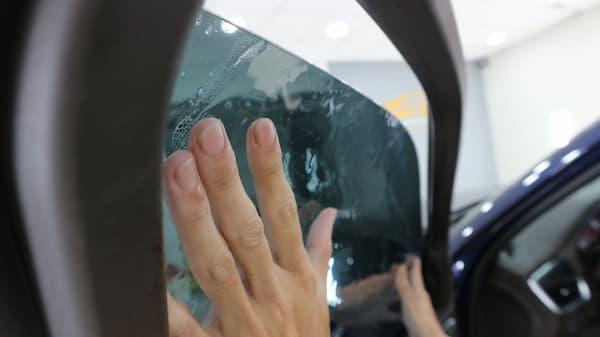 Dán phim cách nhiệt ô tô tại Ánh Dương TPHCM