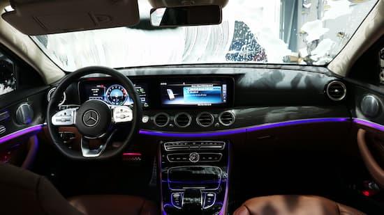 Dịch vụ rửa xe ô tô Ánh Dương Detailing Q8 TPHCM