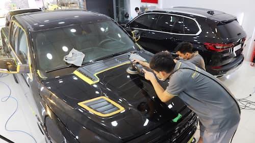 Tẩy ố, mốc kính xe ô tô có giá bao nhiêu?