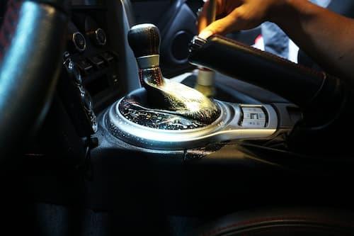 Vệ sinh nội thất ô tô tại TPHCM