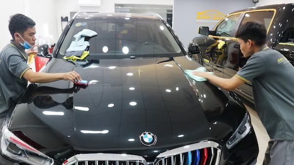 Phủ ceramic BMW