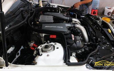 vệ sinh khoang máy ô tô bằng hơi nước nóng TPHCM